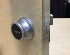 knob pull style cabinet, locker or drawer RFID lock with 3 cards